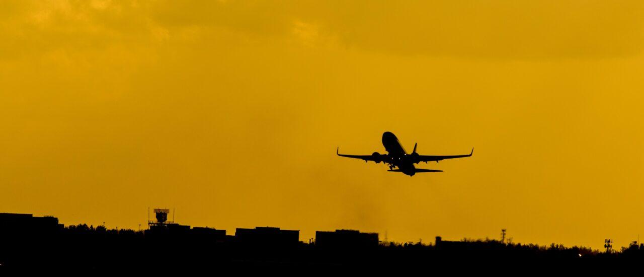 Vad är skillnaden mellan en kategori, klass och typ av flygplan?